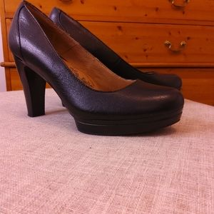 Sofft Ramona Leather Pumps